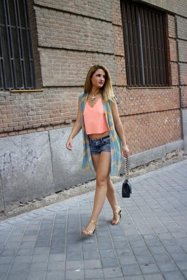 guess shorts Zara topshop top chanel bag amaras la moda