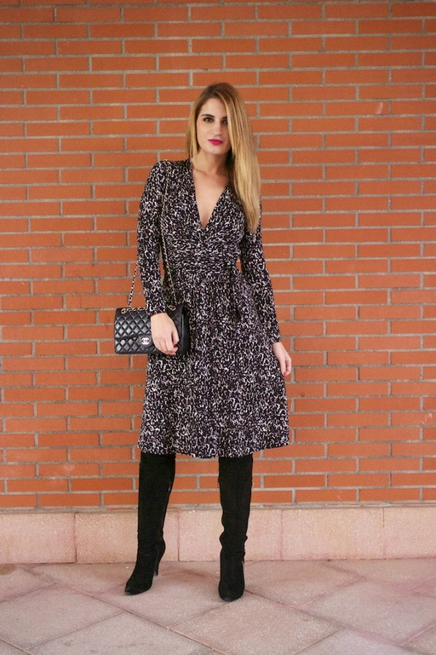 michael kors animal print dress amaras la moda chanel bag over the knee boots Pilar Burgos Paula Fraile