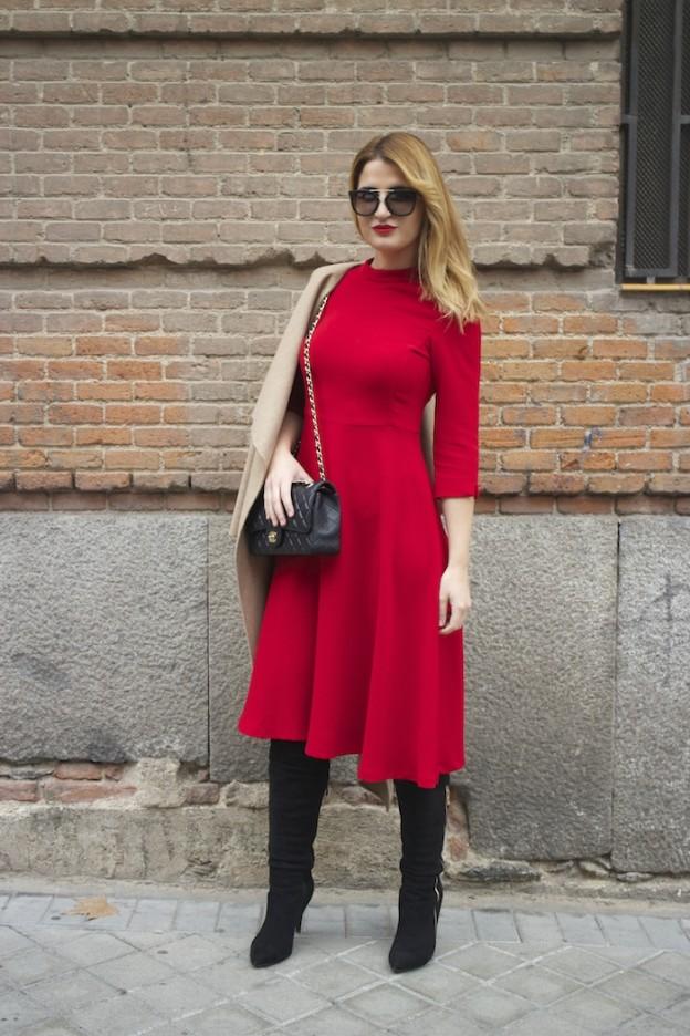 red dress zara chanel bag prada sunnies amaras la moda Paula Fraile