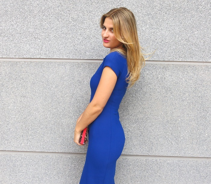 blue dress amaras la moda  chic sympathique clutch 2