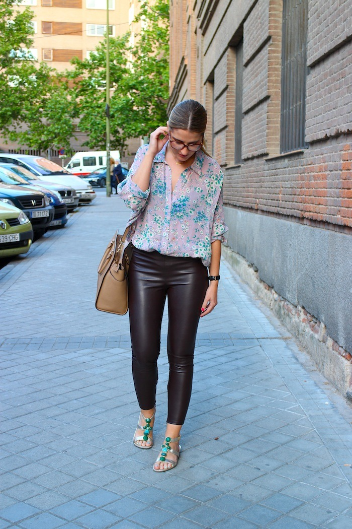 flower shirt topshop leather pants amaras la moda 2
