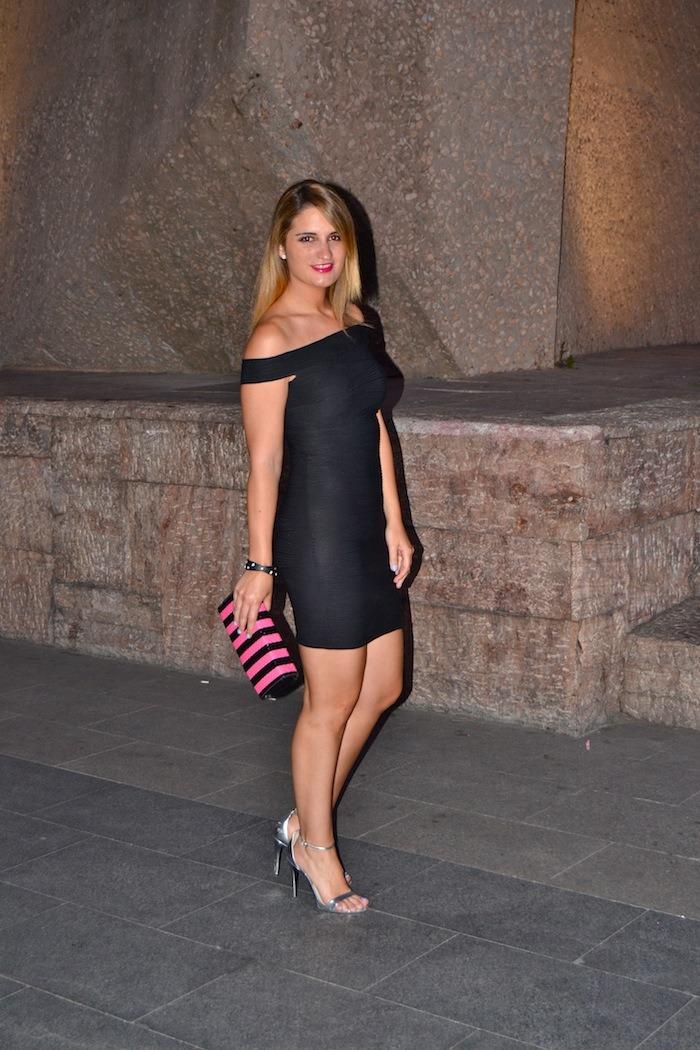 black dress primark clutch Compañía Fantástica silver sandals Zara Amarás la moda 2