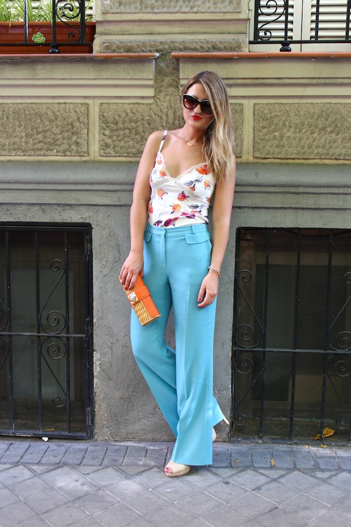 palazzo pants Angel Schlesser dolce and gabanna top clutch Michael Kors sunnies Amaras la moda