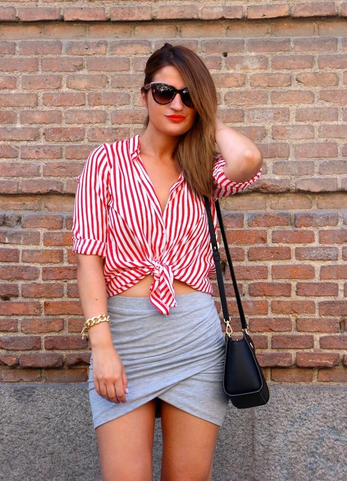 camisa rayas roja blanza zara falda cruzada amaras la moda michael kors bag. 4