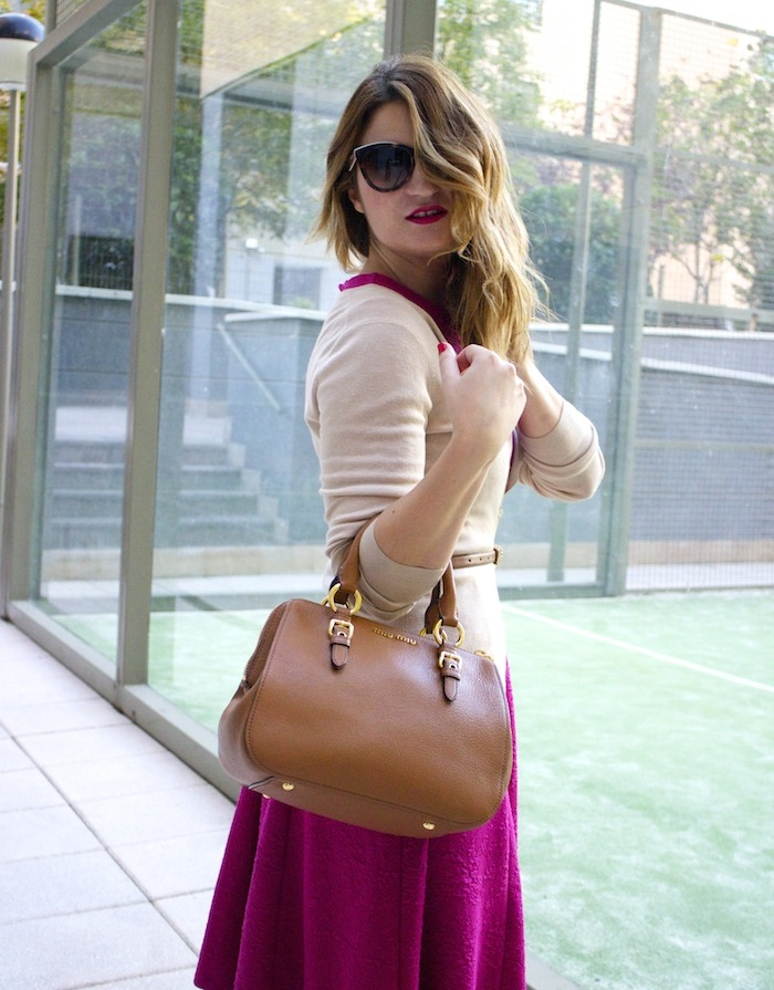 miu miu bag jimmy choo shoes zara pink dress carolina herrera cardigan dolce and gabanna belt amaras la moda. 2