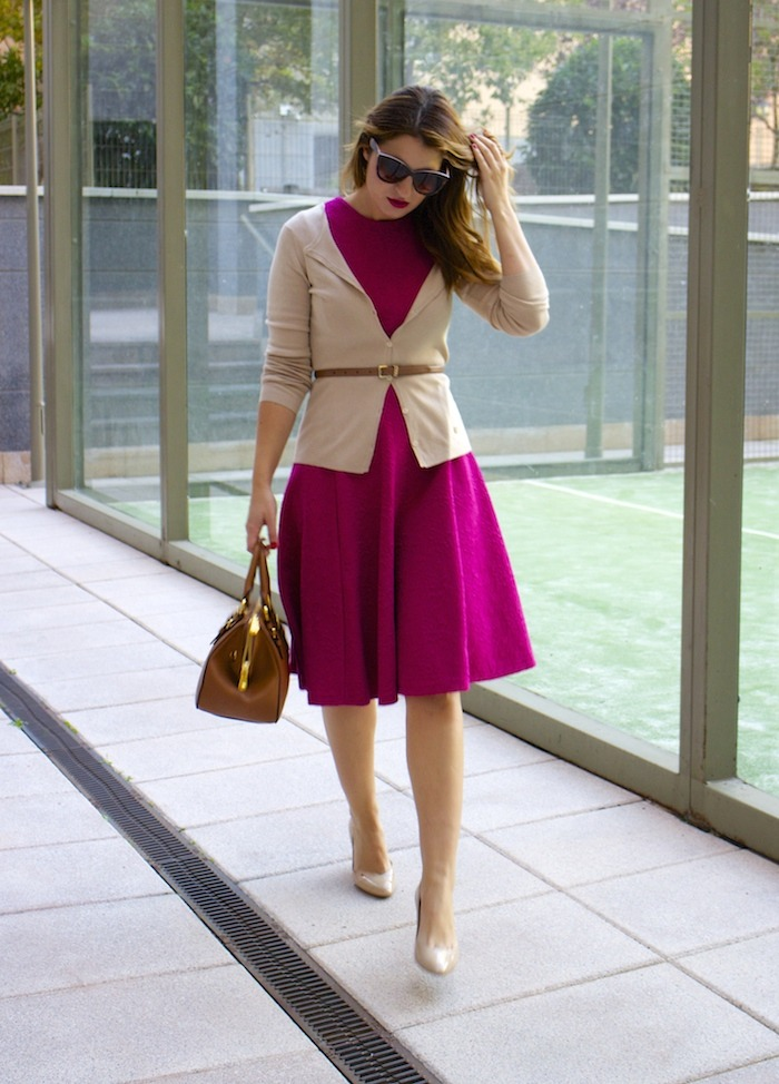 miu miu bag jimmy choo shoes zara pink dress carolina herrera cardigan dolce and gabanna belt amaras la moda. 3