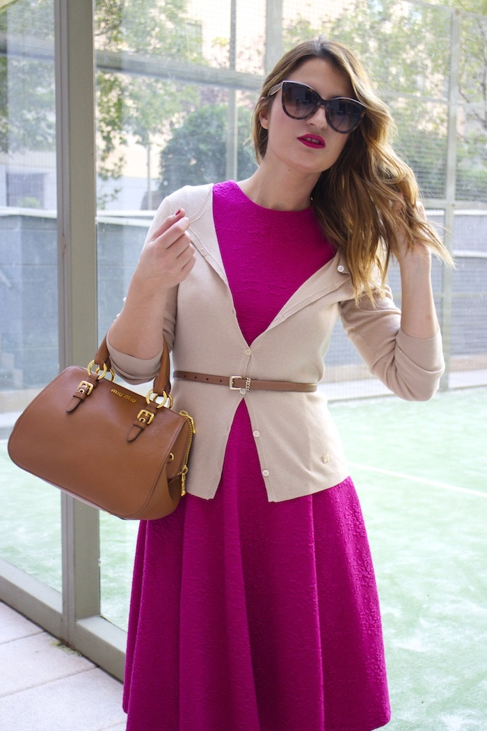 miu miu bag jimmy choo shoes zara pink dress carolina herrera cardigan dolce and gabanna belt amaras la moda. 4