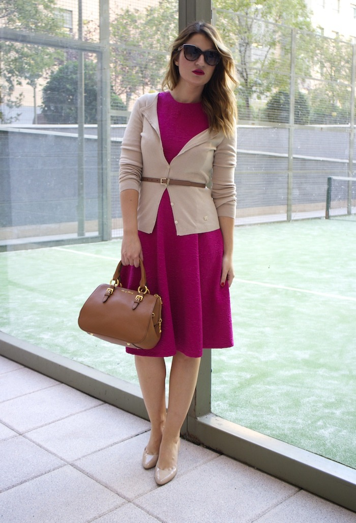 miu miu bag jimmy choo shoes zara pink dress carolina herrera cardigan dolce and gabanna belt amaras la moda. 7