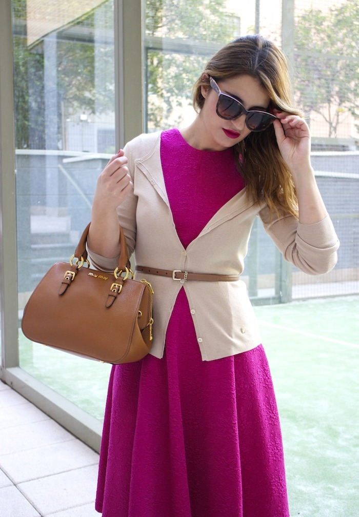miu miu bag jimmy choo shoes zara pink dress carolina herrera cardigan dolce and gabanna belt amaras la moda. 8