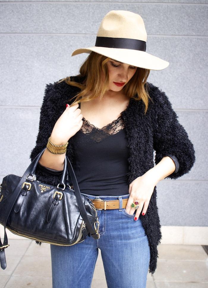 70s look venca coat j brand jeans prada bag zara boots amaras la moda 4