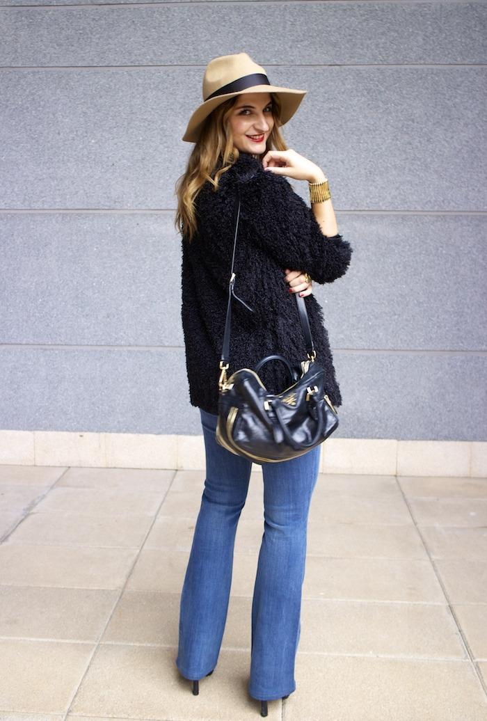 70s look venca coat j brand jeans prada bag zara boots amaras la moda 5