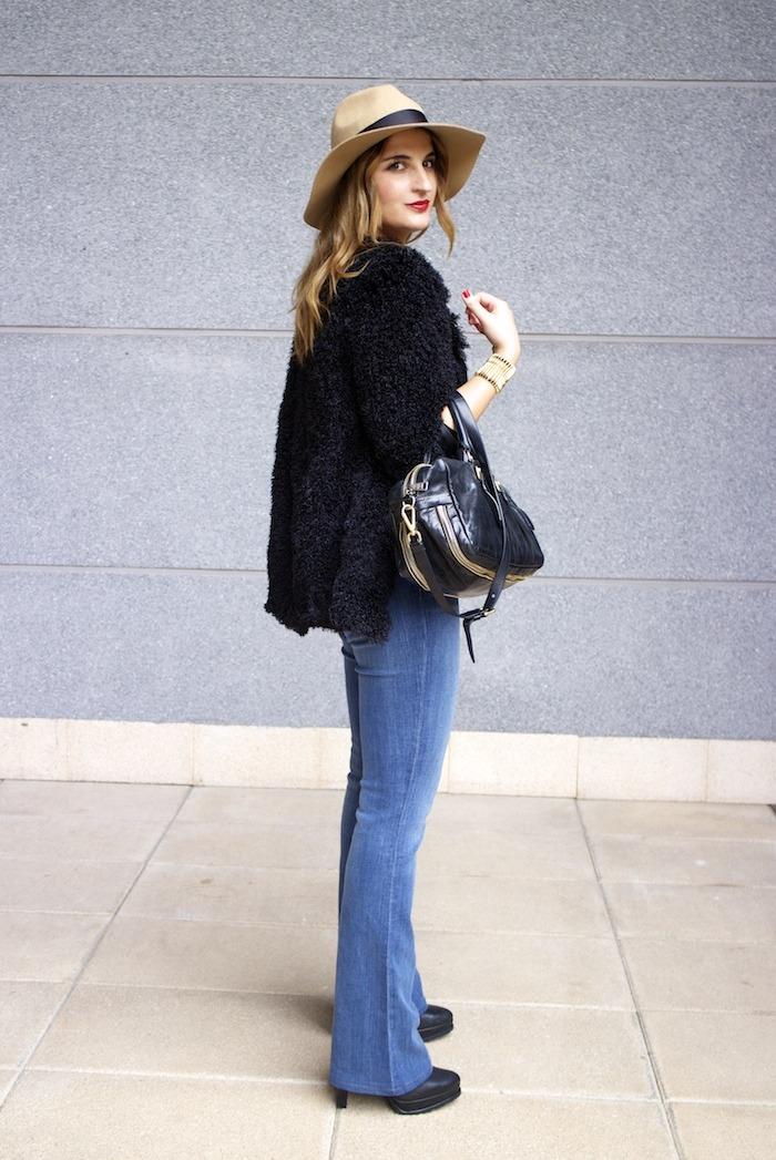 70s look venca coat j brand jeans prada bag zara boots amaras la moda