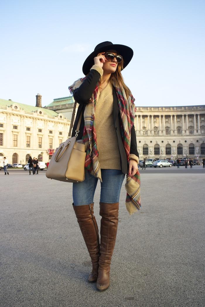 Viena sombrero sweater jeans Zara boots pons quintana blazer hym bolso pons quintana 2