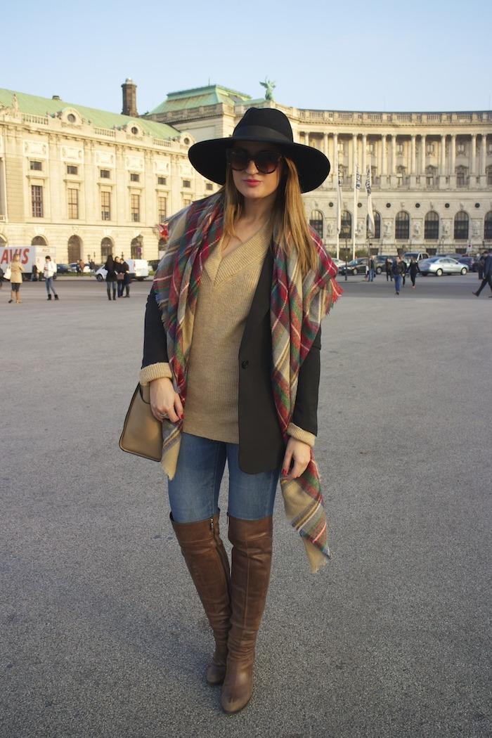 Viena sombrero sweater jeans Zara boots pons quintana blazer hym bolso pons quintana 8