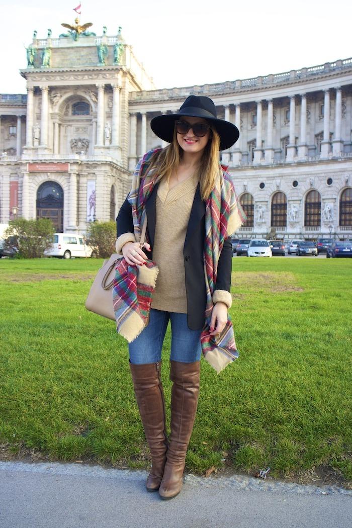 Viena sombrero sweater jeans Zara boots pons quintana blazer hym bolso pons quintana