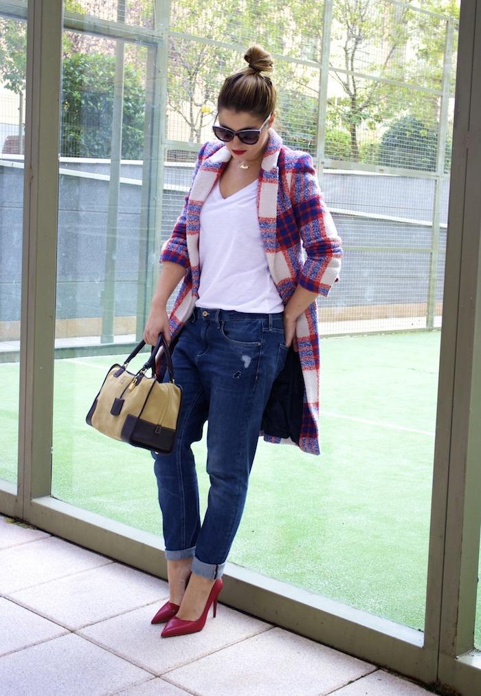 boyfriend jeans h&m Loewe Amazona bag Zara coat stilettos Zara Amaras la moda 6