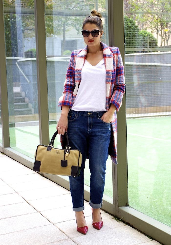 boyfriend jeans h&m Loewe Amazona bag Zara coat stilettos Zara Amaras la moda 8