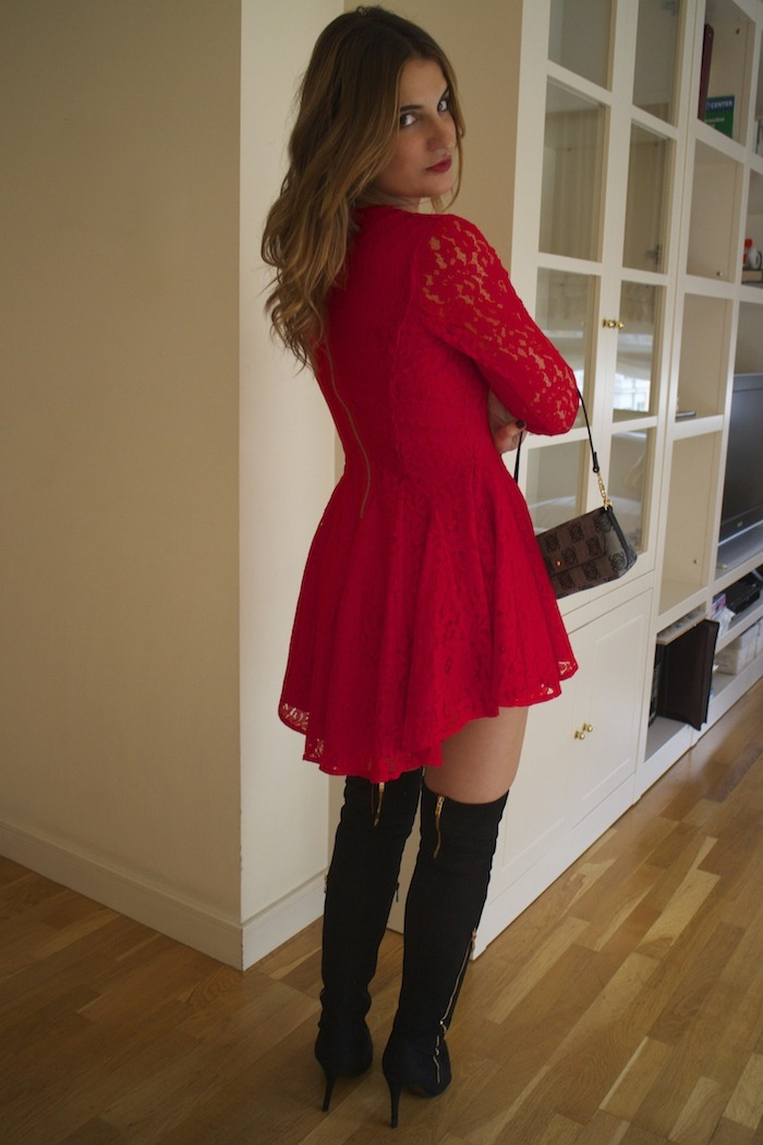 red lace dress amaras la moda loewe bag 4