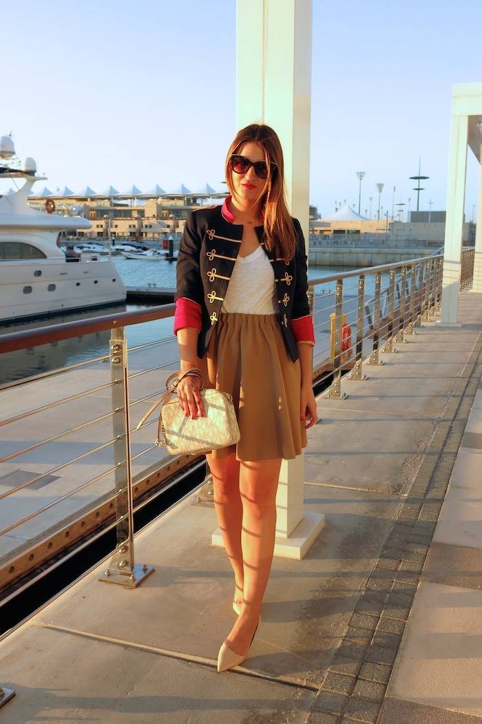 Yas Marina Abu Dhabi amarás la moda my schneider madrid jacket save the king michael kors bag 5
