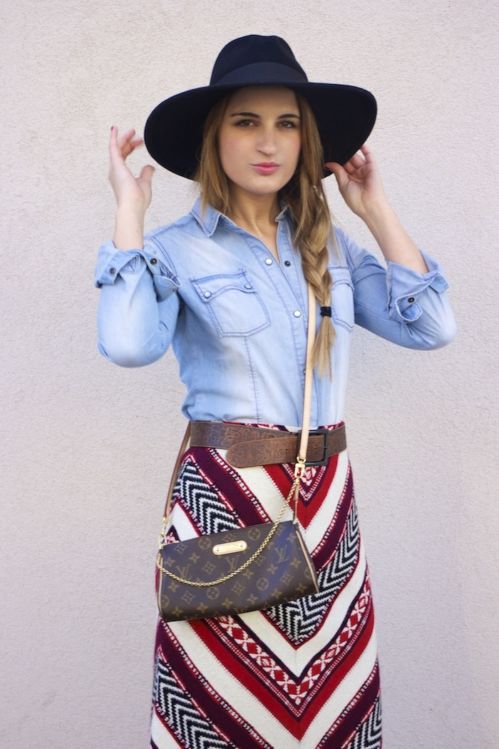 tribal skirt denim shirt boots louis vuitton bag amaras la moda 2