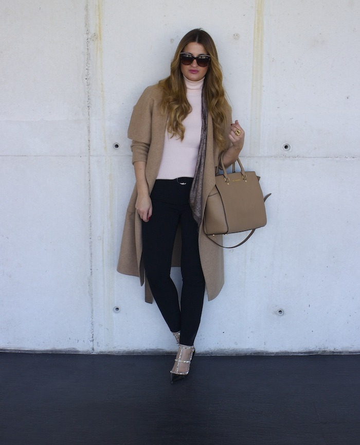 valentino shoes michael kors bag zara coat amaras la moda 3