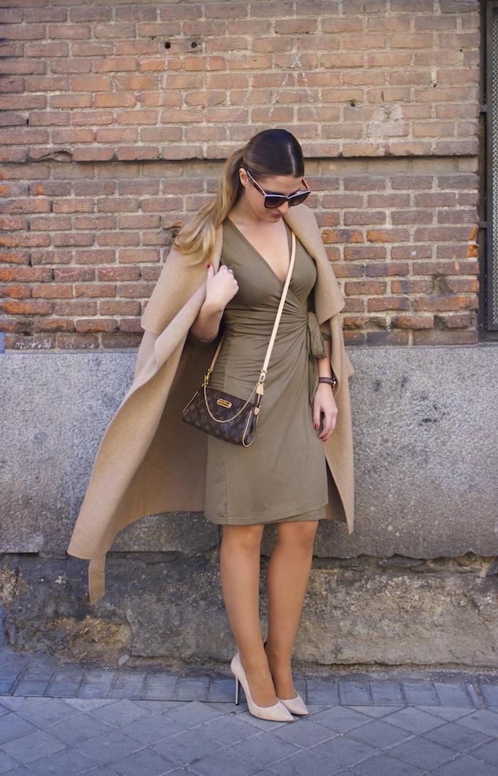 venca dress chloe borel sofia ante stiletto zara coat pochette eva louis vuitton amaras la moda