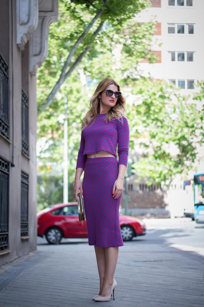 croptop midi skirt amaras la moda fashion pills stilettos chloe borel