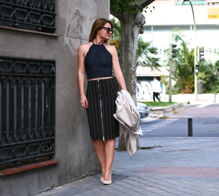 Stripped Skirt amaras la moda chloe borel shoes la redoutte trench 9