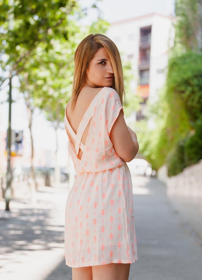Vestido SuitTrendy amaras la moda Pilar Burgos zapatos . 5