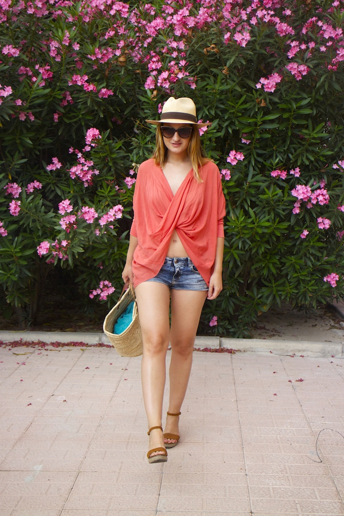 beach outfit amaras la moda  panama hat 2