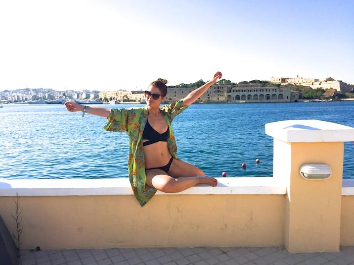 pool Excelsior Hotel Malta MTV Isle of MTV ANOCHECIO Kimono A 2