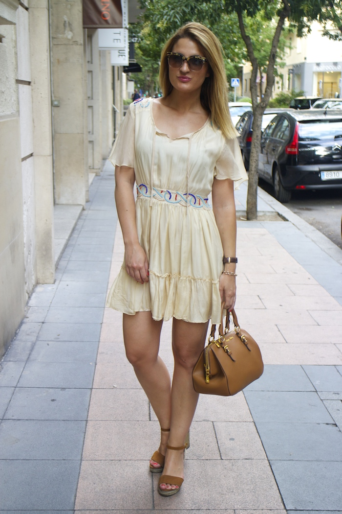 vestido bdba gucci sunnies Miu Miu bag Amaras la moda paula fraile 4