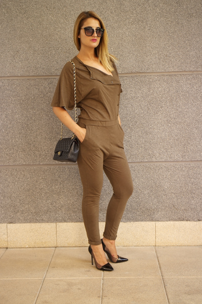 voyage jumpsuit amaras la moda chanel bag chloe borel stilettos Prada sunnies Optica Roma 7