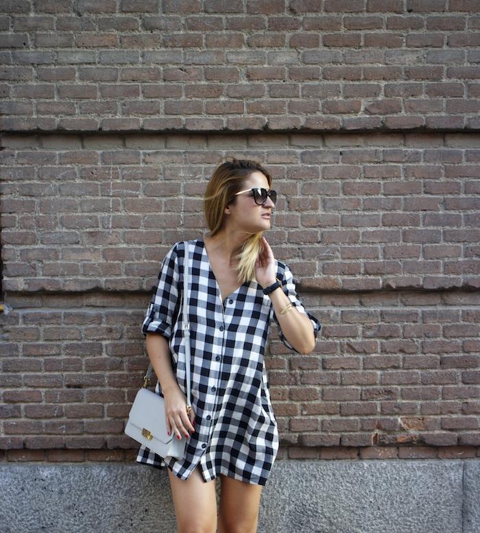 vestido cuadros sandalias cuña justfab ecco shoes bag amaras la moda Paula Fraile 2
