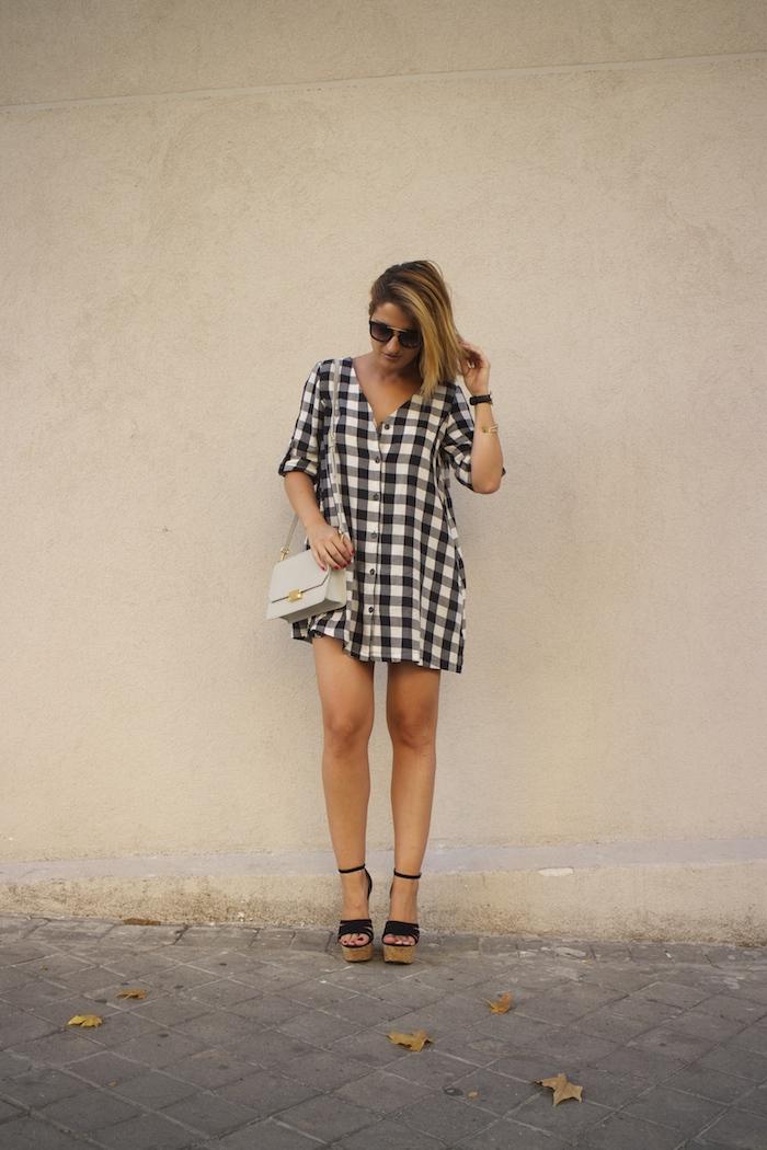 vestido cuadros sandalias cuña justfab ecco shoes bag amaras la moda Paula Fraile 4