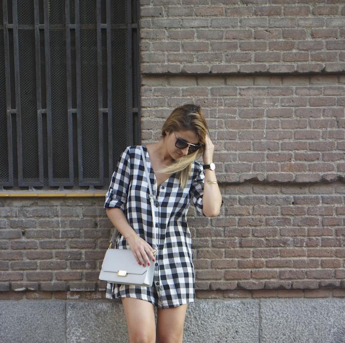vestido cuadros sandalias cuña justfab ecco shoes bag amaras la moda Paula Fraile 7