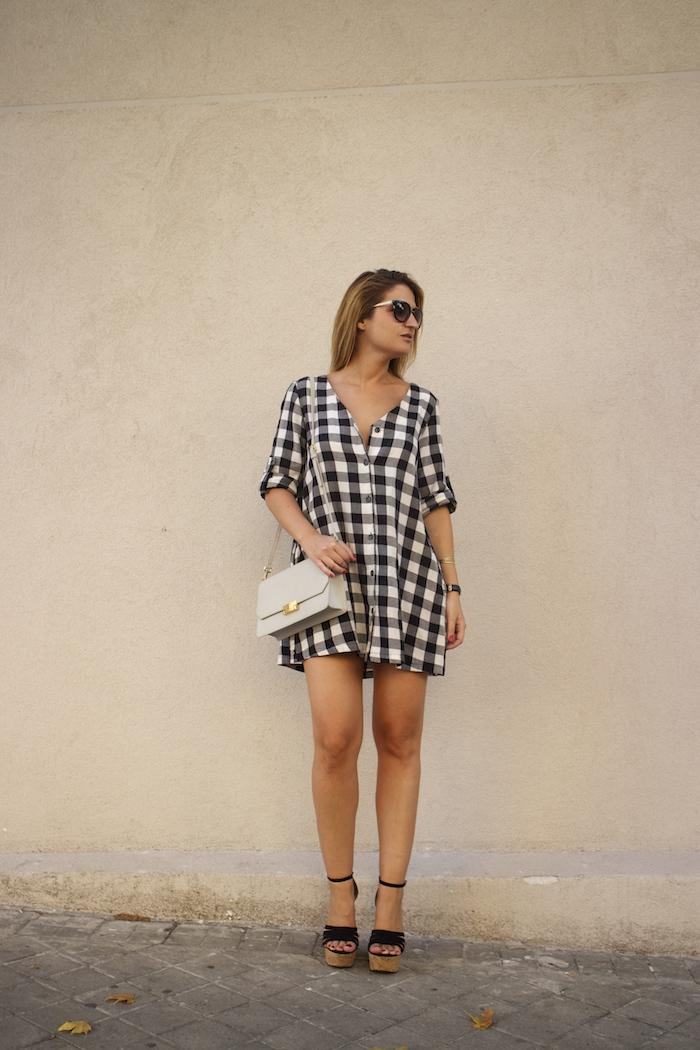 vestido cuadros sandalias cuña justfab ecco shoes bag amaras la moda Paula Fraile
