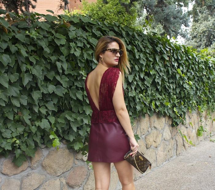 vestido zara encaje burgundy amaras la moda louis vuitton bag paula fraile 4