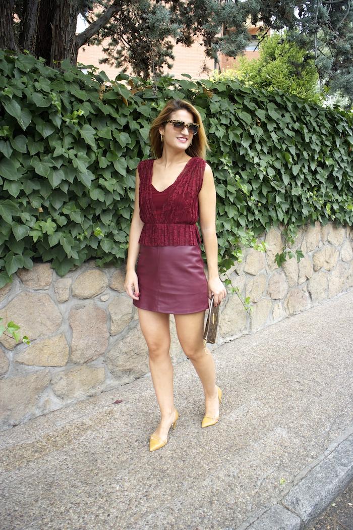 vestido zara encaje burgundy amaras la moda louis vuitton bag paula fraile 5