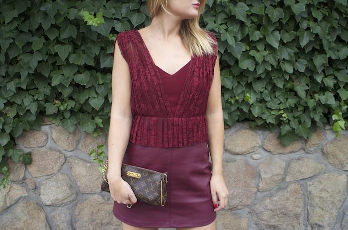 vestido zara encaje burgundy amaras la moda louis vuitton bag paula fraile 8