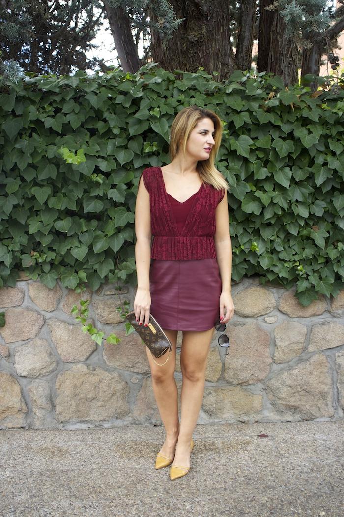 vestido zara encaje burgundy amaras la moda louis vuitton bag paula fraile 9