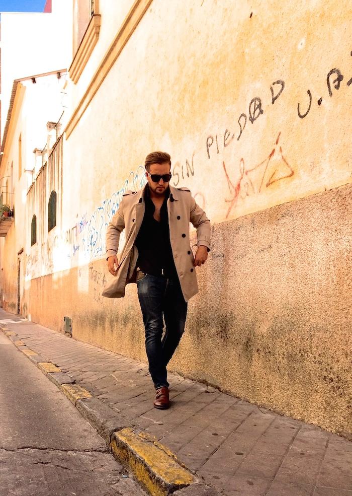 Pablo mendez Amarás la moda man Paula Fraile fashion trench 4