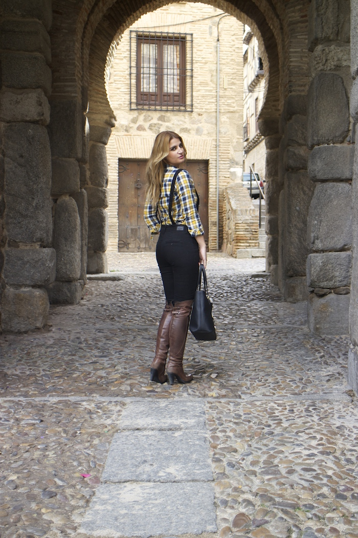 camisa cuadros primark mono zara botas Pons Quintana Amarás la moda Paula Fraile 5