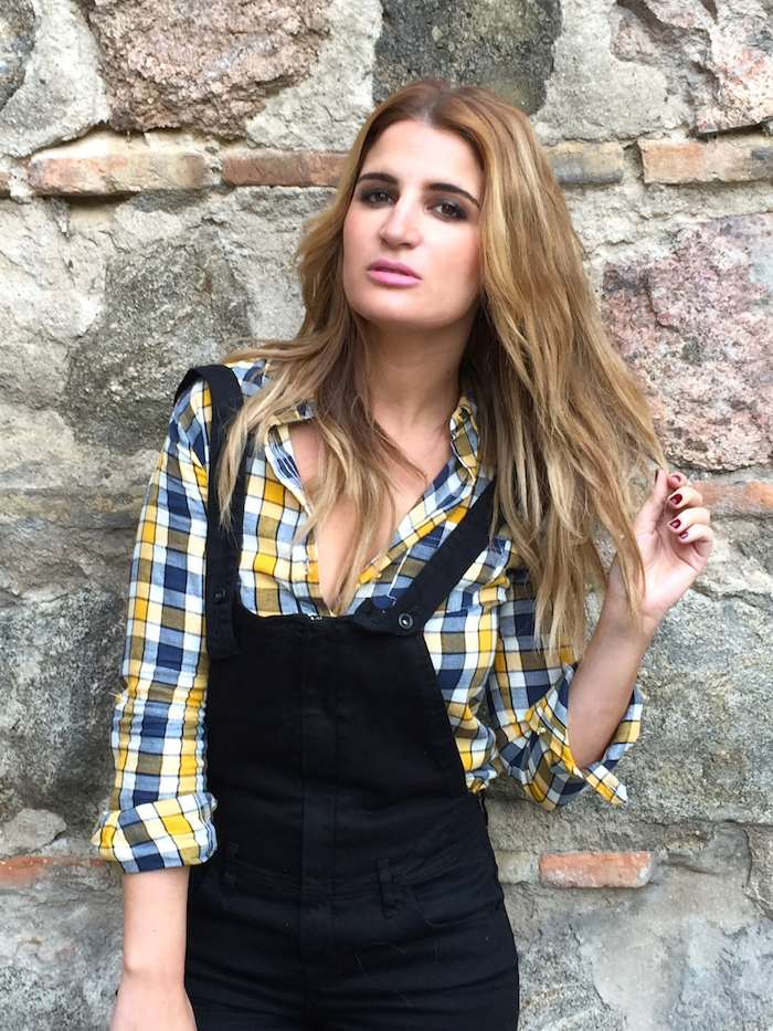 camisa cuadros primark mono zara botas Pons Quintana Amarás la moda Paula Fraile