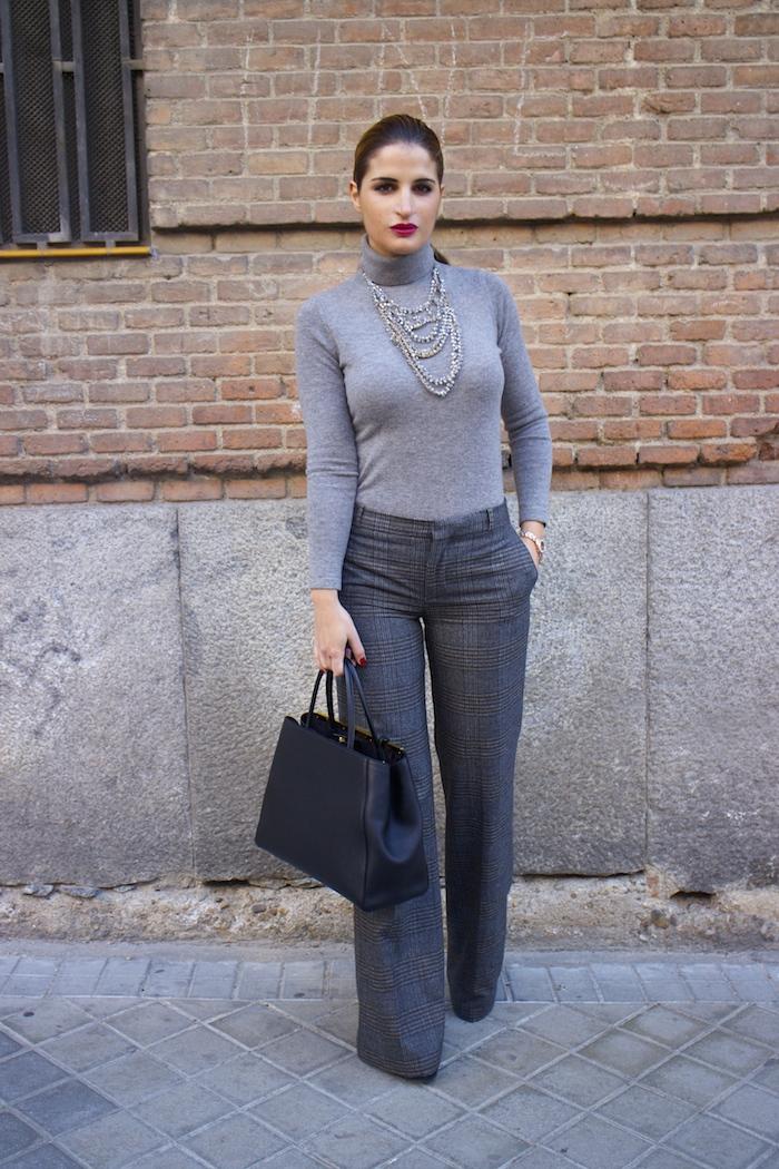 Marc Maddox watch Zara pants Carolina Herrera sweater Fendi bag amaras la moda Paula Fraile4