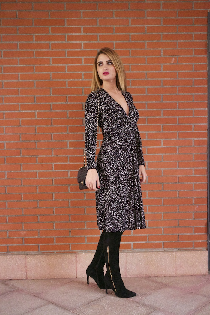 michael kors animal print dress amaras la moda chanel bag over the knee boots Pilar Burgos Paula Fraile11