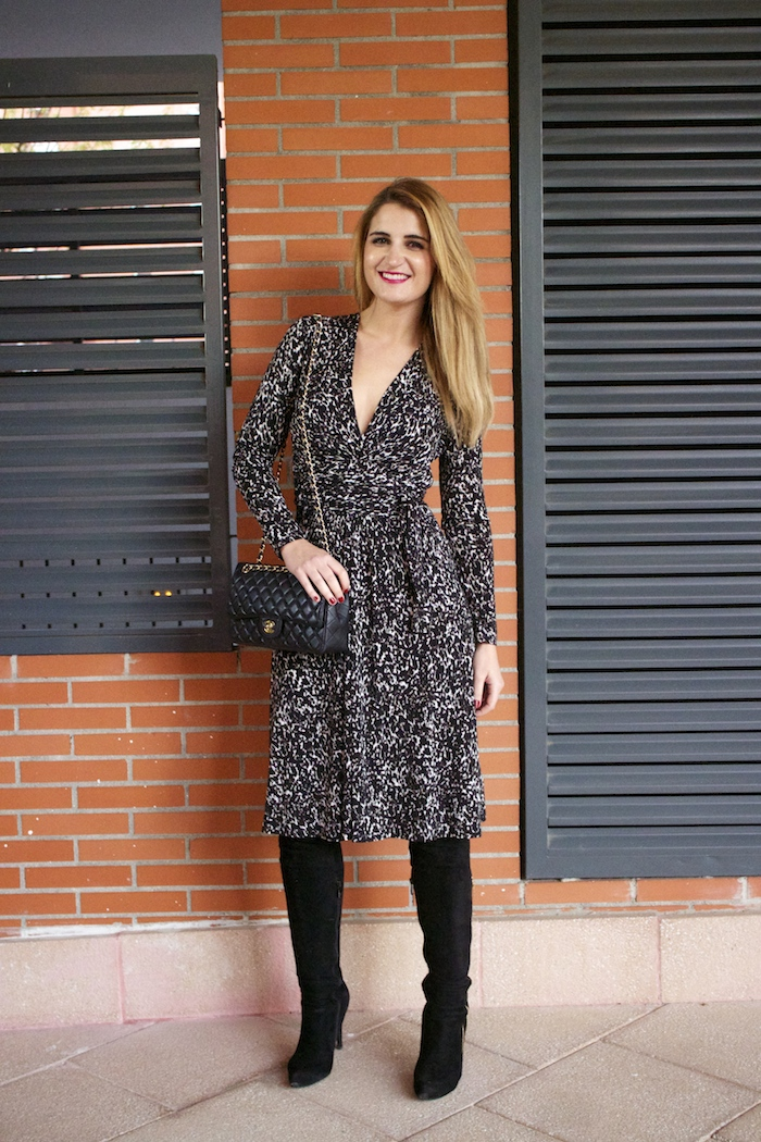 michael kors animal print dress amaras la moda chanel bag over the knee boots Pilar Burgos Paula Fraile3