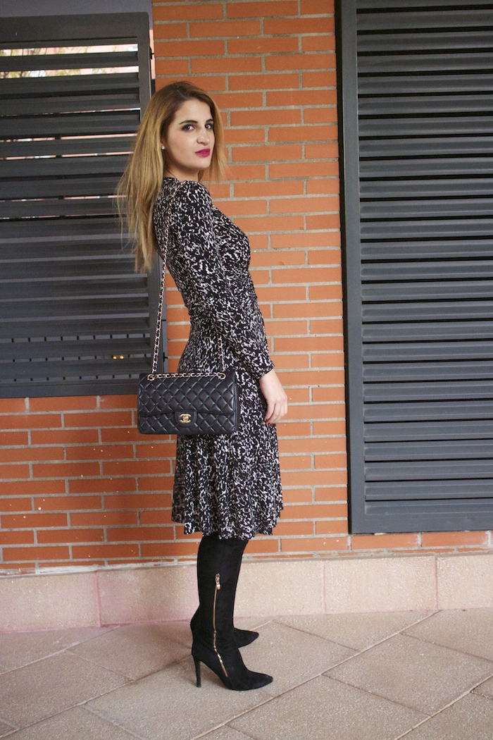 michael kors animal print dress amaras la moda chanel bag over the knee boots Pilar Burgos Paula Fraile5