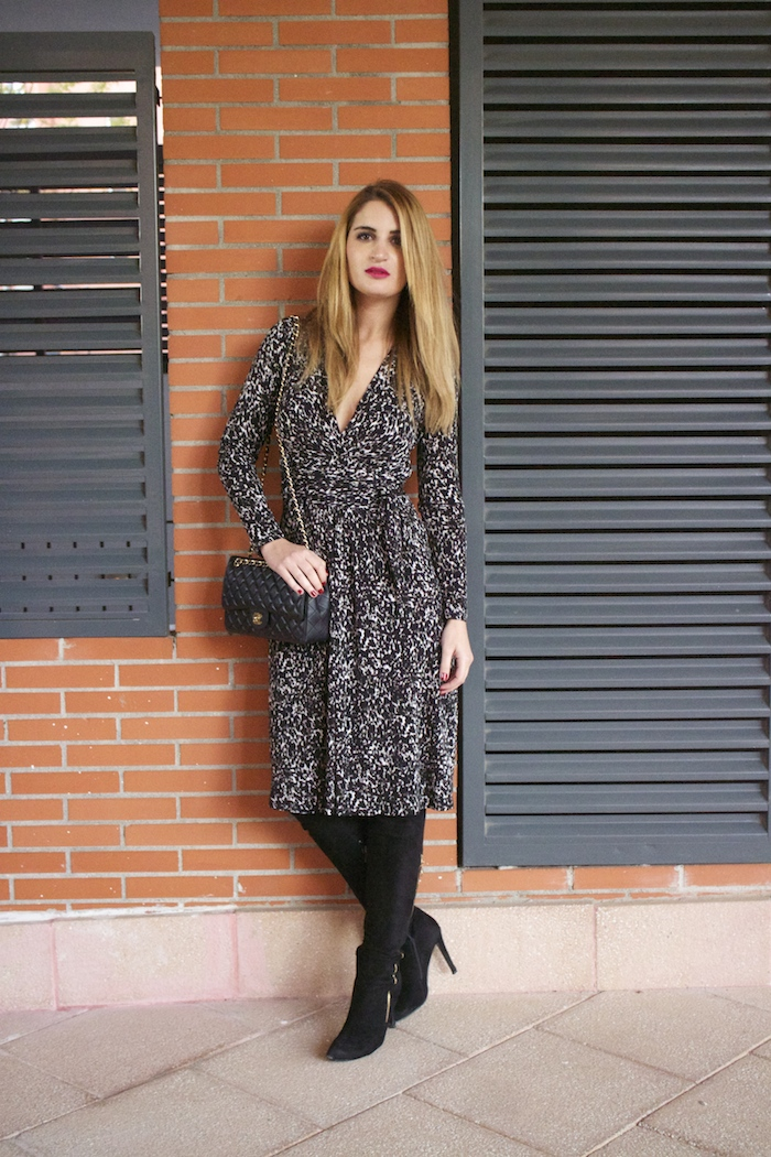 michael kors animal print dress amaras la moda chanel bag over the knee boots Pilar Burgos Paula Fraile6