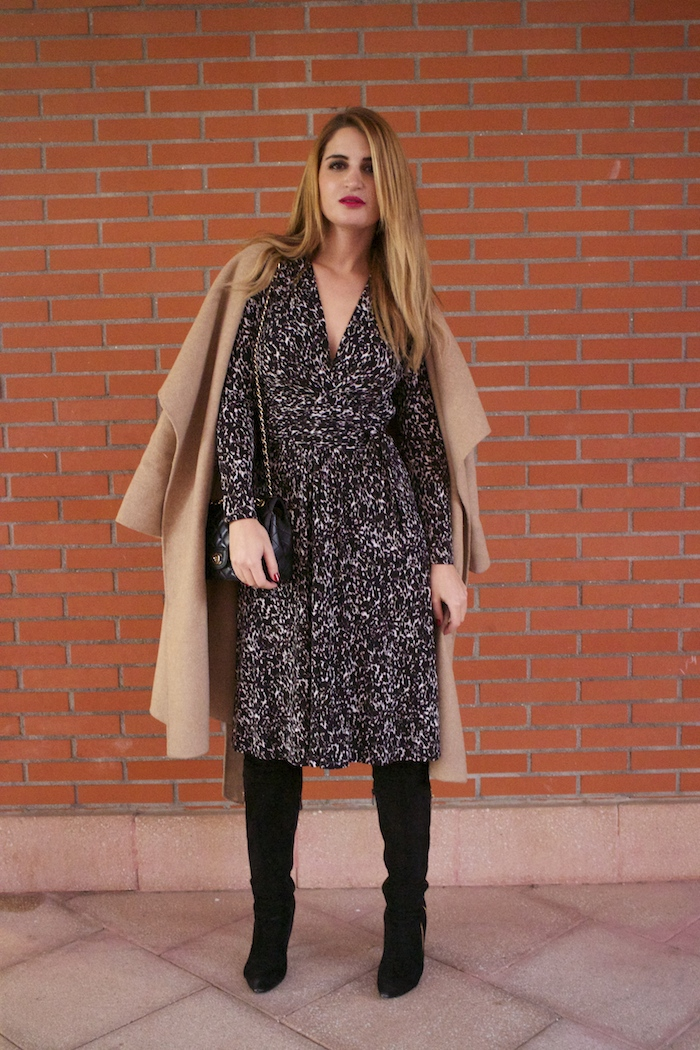 michael kors animal print dress amaras la moda chanel bag over the knee boots Pilar Burgos Paula Fraile8
